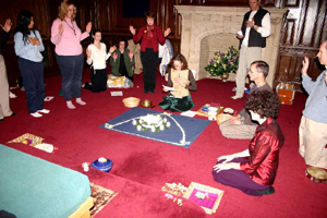 devotees celebrating Guruvara together