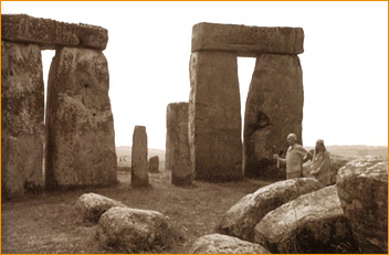 Adi Da visiting and Blessing Stonehenge during His world yajna in 1986.